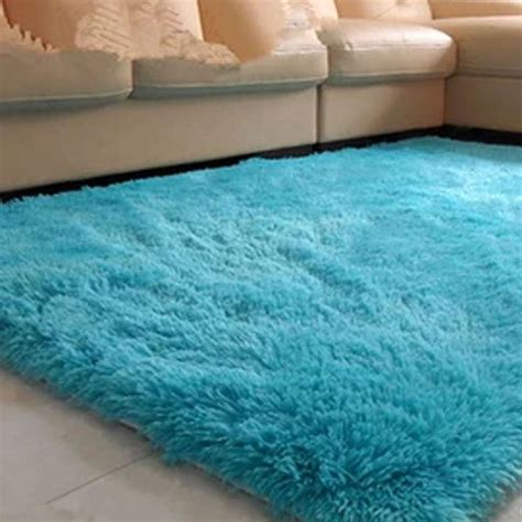 Fluffy Bedroom Rugs by 17 Best Ideas About Fluffy Rug On Colorful