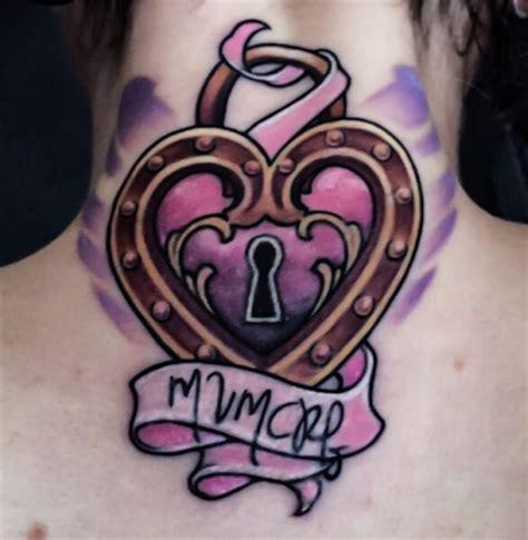 tattoo arm kriens prizessinkahleesi herzschloss im nacken tattoos von