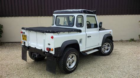 land rover defender white 1988 land rover defender 90 300tdi white defender 90