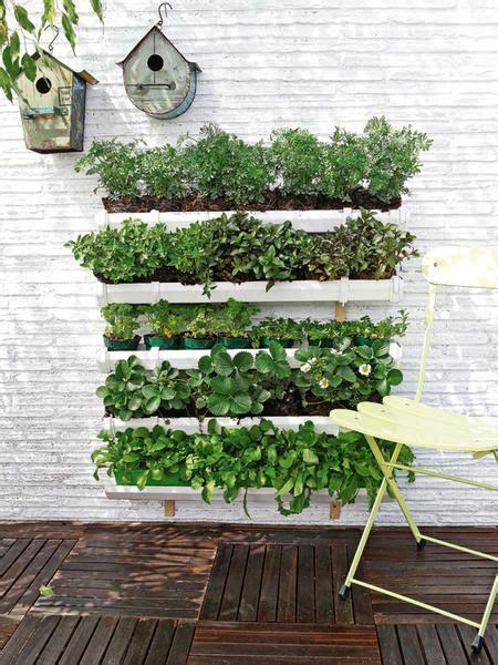 diy vertical herb garden diy vertical garden container gardens pinterest