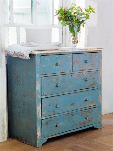 blue shabby chic furniture 25 best ideas about shabby look on blue