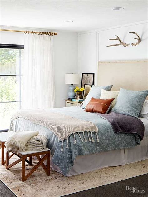 different things to do in bed how to decorate a small bedroom