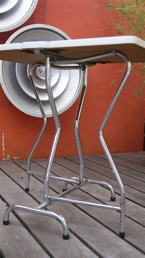 table en formica pliante vintage by fabichka
