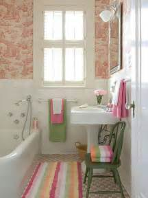 Ideas For Bathroom Decorating Themes by Decorative Ideas For Small Bathrooms Home Decorating Ideas