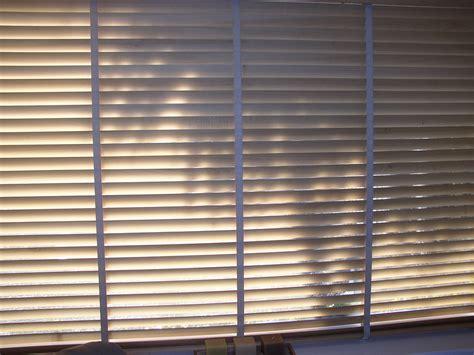 shades blinds wholesale window blinds 2017 grasscloth wallpaper