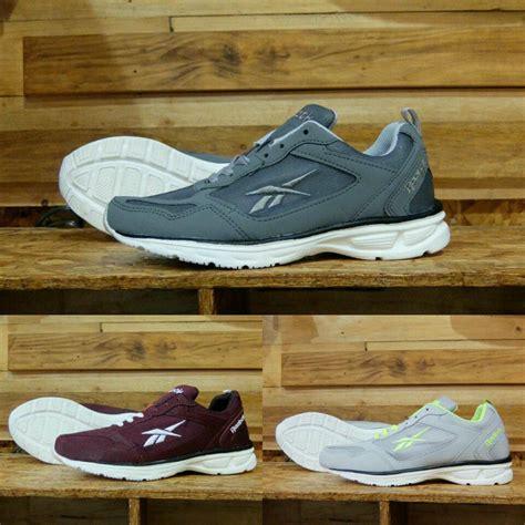 Harga Sepatu Reebok Outdoor harga sepatu cowok reebok sepatu outdoor rebook sepatu
