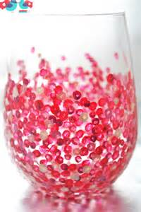 how to decorate wine glasses with painted confetti