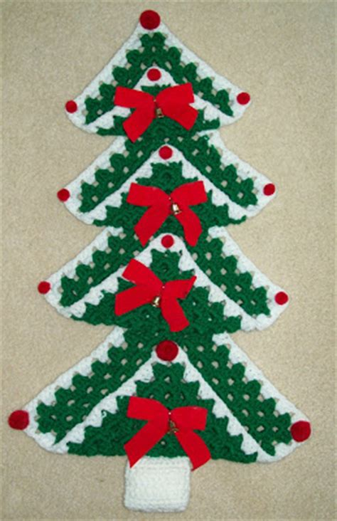 christmas tree granny square pattern hook yarn and pattern granny square christmas tree