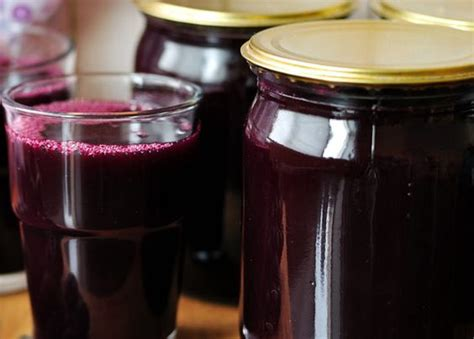 Benefits Of Prune Juice Detox by 15 Best Benefits Uses Of Prune Sukhe Aloo Bukhara