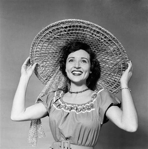 young betty white in her 20s betty white in her 20s betty white began her career in