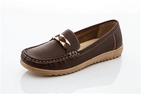 comfort one shoes get a foot friend comfort shoe makes easy to walk