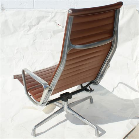 Miller Upholstery by 1 Herman Miller Eames Aluminum Lounge Chair Ebay