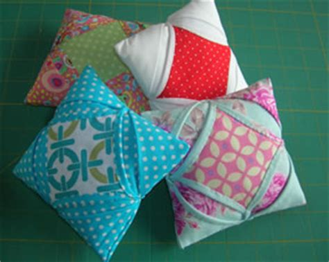 Cathedral Window Patchwork Pincushion - patchwork workshops