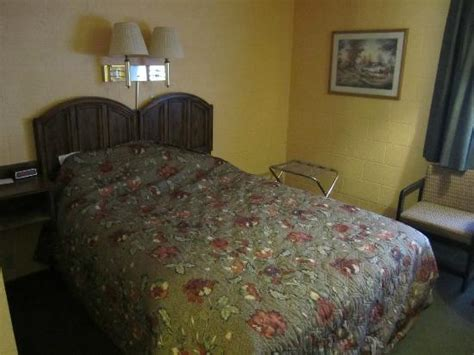 cheap motel rooms room from the door picture of cheap sleep motel whitefish tripadvisor