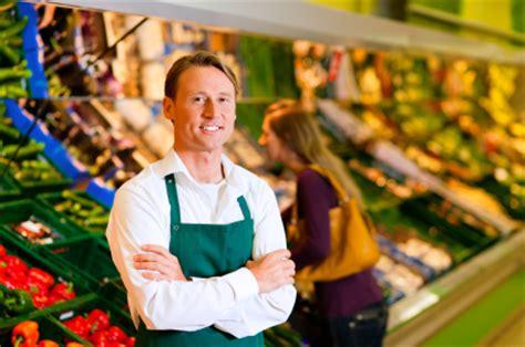 Bewerbung Als Verkauferin Haushaltswaren Vorlage Bewerbungsschreiben Als Einzelhandelskaufmann