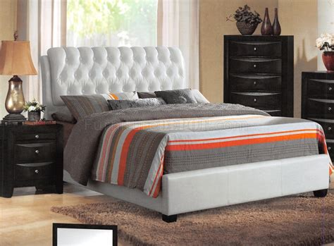 White Bedroom Furniture Ireland 25350 Ireland Bedroom By Acme W White Upholstered Bed Options