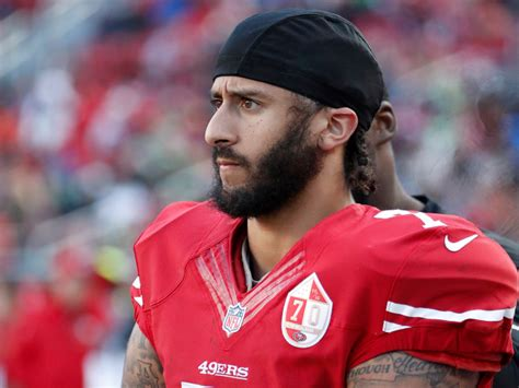 colin kaepernick colin kaepernick is lingering on the free agent market