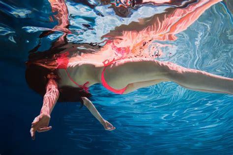 imagenes mujeres nadando hyperreal underwater paintings art people gallery