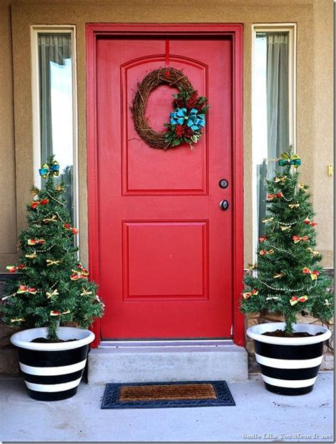 front porch christmas trees pots christmas decor and front porches on pinterest
