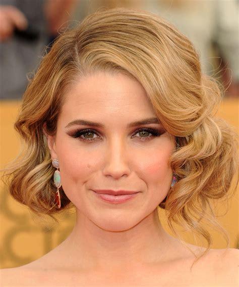 What Is A Bushy Bushy Blonde Haircut | sophia bush medium wavy formal hairstyle medium blonde