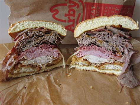 Review: Arby's - Meat Mountain | Brand Eating Arby S Meat Mountain