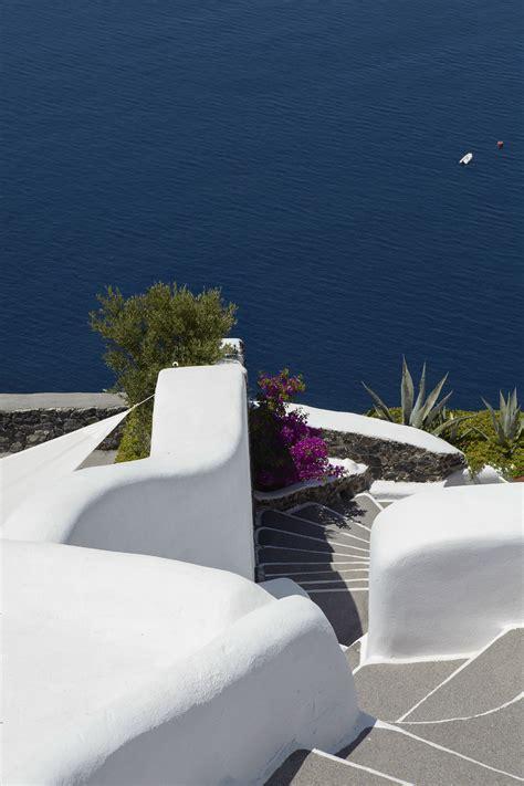 Perivolas Oia Santorini (10) HomeDSGN