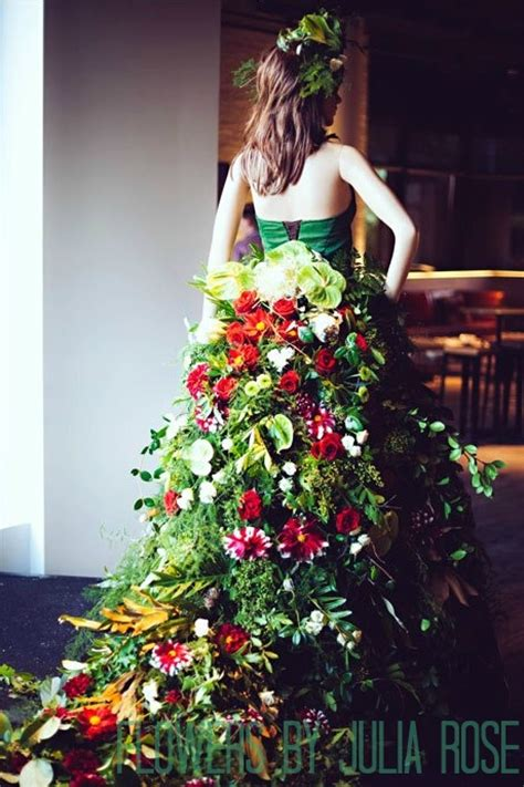 Dress Flowers how to build a floral gown tesselaar flowers