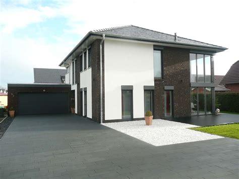 einfamilienhaus mit grundstück einfamilienhaus mit galerie in leer