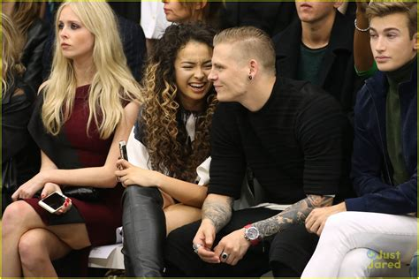 Ella Boyfriend Hw ella eyre boyfriend lewi hit fashion week together photo 867288 photo