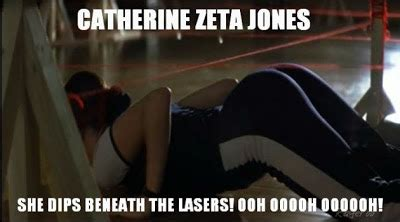 catherine zeta jones she dips beneath the lasers picz i like catherine zeta jones she dips beneath lasers