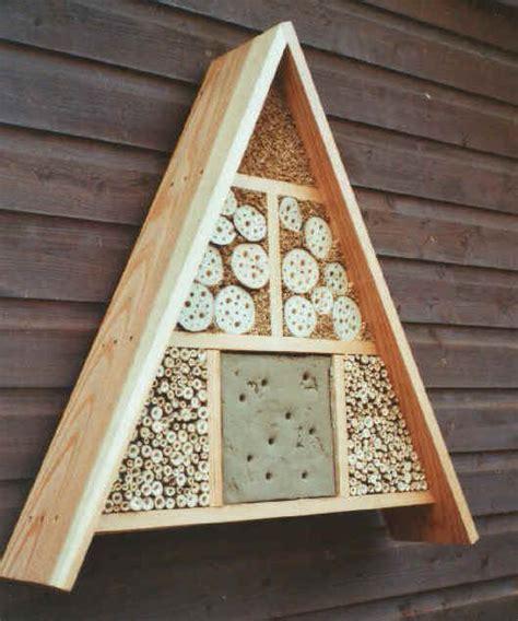 wildbienenhotel bauen anleitung lungauer bienenlehrpfad wildbienenhotel quot de luxe quot