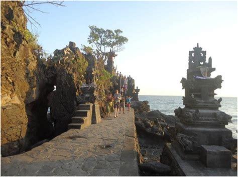 Bahu Bolong senggigi enjoy the beautiful of view