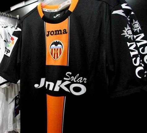 Jersey Valencia Away No Sponsor soccer jerseys club valencia cf new third soccer