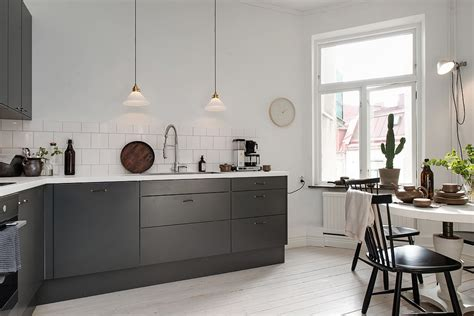 charcoal grey kitchen cabinets charcoal kitchen cabinets photos quicua com