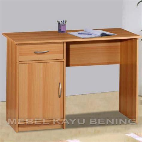 Meja Untuk Belajar meja belajar anak desain minimalis erika