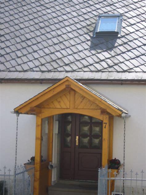 terrasse vordach holz wir bauen balkone aus holz terrassen aus holz und