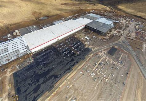 elon musk battery factory elon musk adds one more new gigafactory announcement for