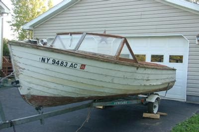 wooden boats for sale ny 1958 17 ft cayuga runabout project