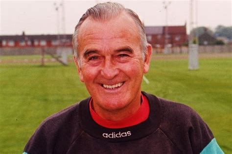 liverpool couch former liverpool fc coach john bennison dies liverpool echo