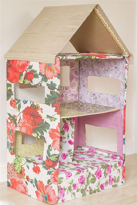 making dolls houses best 25 cardboard box houses ideas on pinterest cardboard playhouse cardboard box
