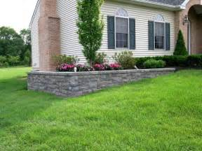 Front Garden Wall Ideas A Retaining Wall Is Used On This Project To Level The Planting Bed Of This Otherweise Sloping