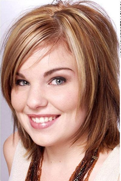 hairstyles for thin hair over 45 feminine feathered cut with platinum highlights hair
