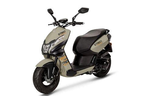 125er Motorrad Verbrauch by Roller Und 125er Motorr 228 Der 2014 Teil 1 2 Magazin