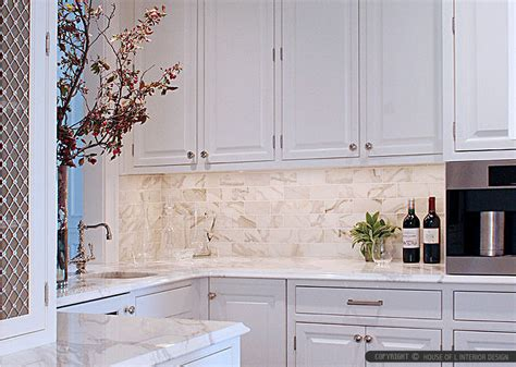 Marble Backsplash Kitchen White Marble Subway Tile Backsplash Backsplash Kitchen Backsplash Products Ideas