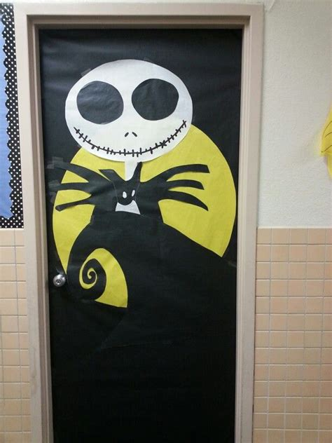 nightmare before christmas doors christmas decorating