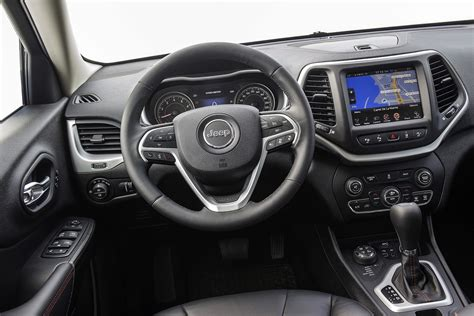 jeep car inside jeep cherokee 2014