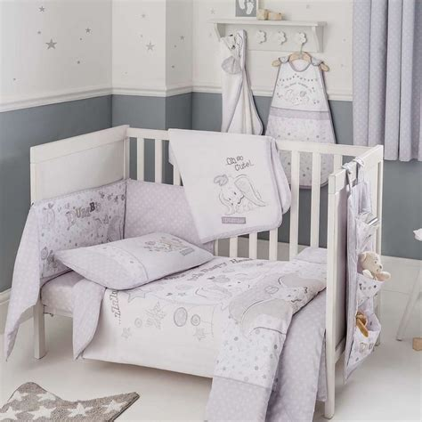 Dumbo Crib Bedding by 25 Best Ideas About Dumbo Nursery On Dumbo