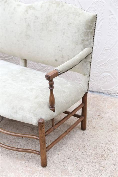 camelback settee camelback french settee for sale at 1stdibs
