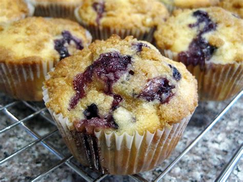 little birds & blueberry muffins