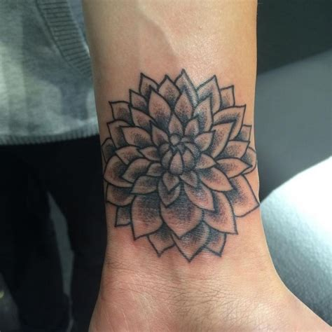 dahlia tattoo black and grey dahlia flor dahlia